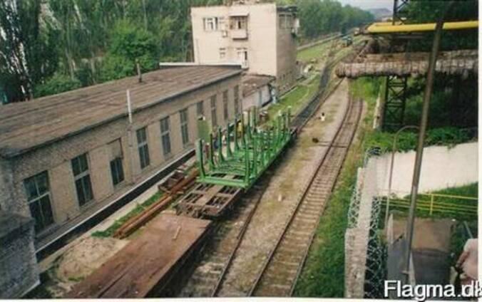 Контейнеры для перевозки леса на фитинговых платформах